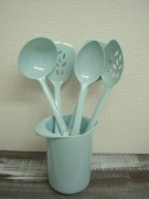 Melamine utensil set